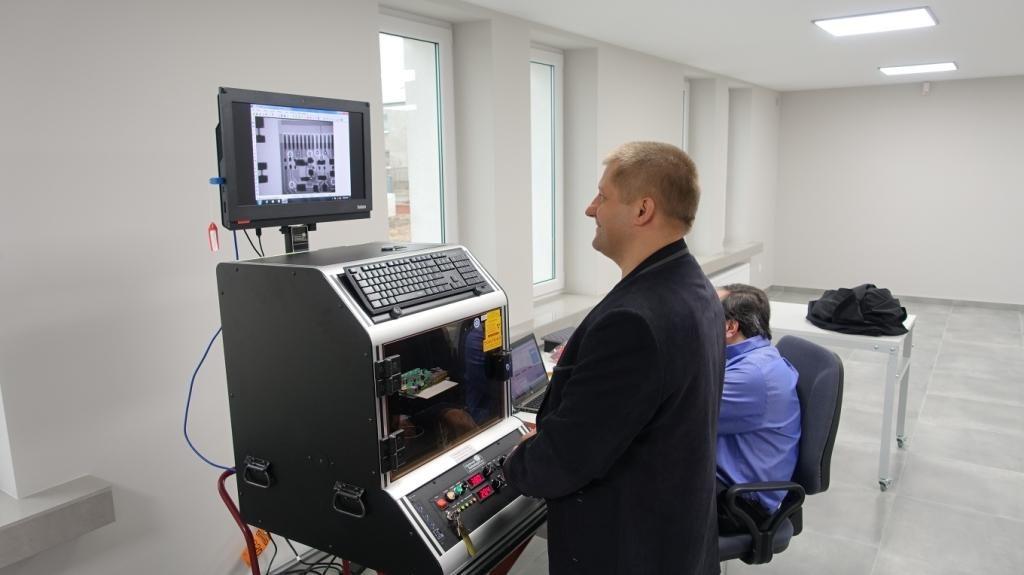 Inspekcja rentgneowska dedykowanych systemów elektronicznych